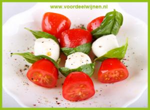 Seaglass Sauvignon Blanc met salade Caprese